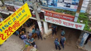 The police raid in Kalyanpur area, Dhaka, Bangladesh, 26 July 2016