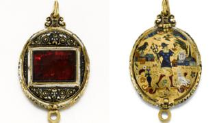 The Fettercairn Jewel,