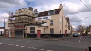 Jolly Roger pub, Easton