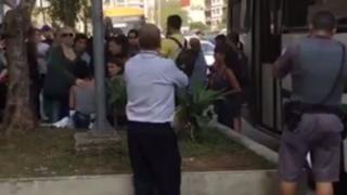 Mulheres acolhem vítima na Avenida Paulista