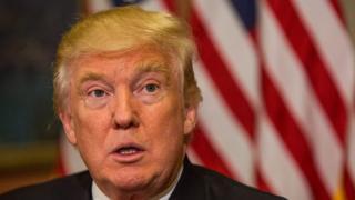 Rais mteule Donald Trump amesema hatapokea mshahara wa rais wa $400,000 (£319,500) kila mwaka