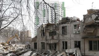 снос здания в Москве