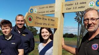 New Wales Link Path signage with Jim Craven, Stephen Lewis, Danielle Duncan and Saltney councillor Richard Lloyd