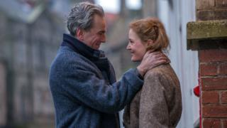 Daniel Day Lewis and Vicky Krieps in Phantom Thread