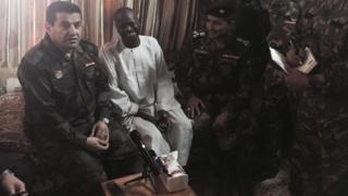 وزير الداخلية العراقي قاسم الأعرجي خلال لقائه بموسى بشير.