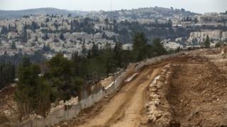 عمليات البناء لأحد المستوطنات