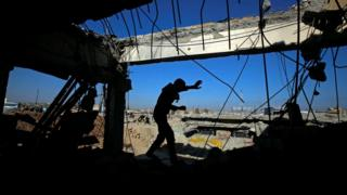 ائتلاف بین المللی حامی دولت عراق صدها حمله هوایی در موصل انجام داده است