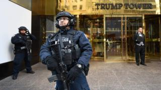Охрана у Трамп-тауэр