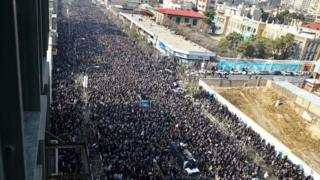 Rafsancani için Tahran'da düzenlenen cenaze töreni