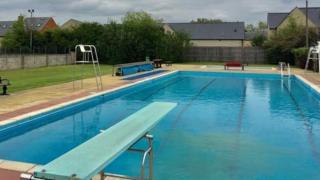 Woodstock Outdoor Pool