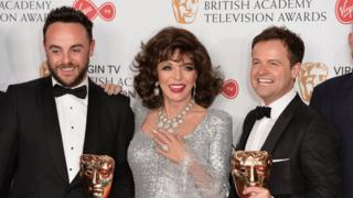 Joan Collins, Anthony McPartlin ve Declan Donnelly