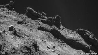 Controllers wait on Philae link
