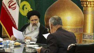 ابراهیم رئیسی تولیت آستان قدس، داوطلب نامزدی در انتخابات ریاست جمهوری شده است