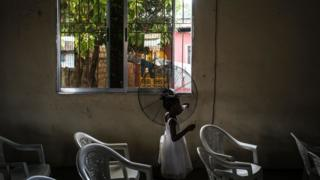 Le Liberia, à l'ouest de l'Afrique, a été établi comme un refuge pour les esclaves libres revenant sur le continent et échappant à la misère aux États-Unis.
