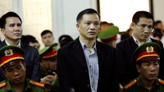 弁護士のグエン・バン・ダイ氏(48)は禁錮15年の実刑判決を受けた
