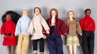 Полиамория (куклы)