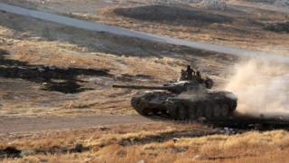 Suriyeli muhaliflere ait bir tank