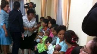 В 2014 году полиция Таиланда нашла девять детей Митцутоки Сигеты от суррогатных матерей в квартире в Бангкоке