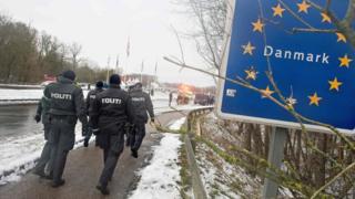 Danish police on the Danish-German border on 9 January 2016