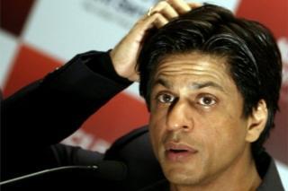 Shah Rukh Khan horay ayaa loogu xiray garoon diyaaradeed oo Maraykanka ku yaalla