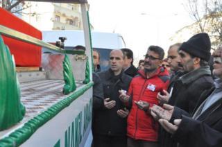 Fethi Sekin'in cenaze töreni memleketi Elazığ'da düzenlendi