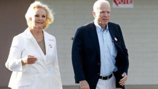 Cindy McCain (L) and Senator John McCain (R)