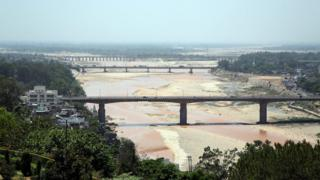 Almost dry River Tawi in Jammu in Indian-administered Kashmir, on 17 May 2016