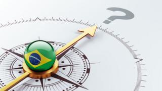 Bússola com centro com bandeira do Brasil