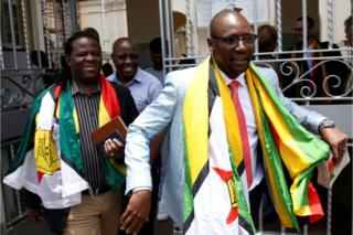Pastor Evan Mawarire leaves court in Harare, 29 November