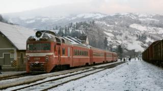 Потяг у Карпатах