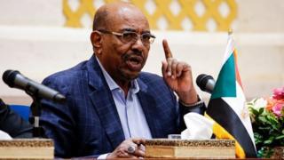 Le président soudanais Omar al-Bachir lors d'une conférence de presse à Khartoum