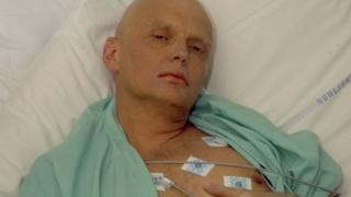 病院で治療を受けるリトビネンコ氏