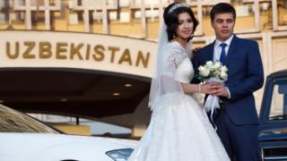 A couple getting married in Uzbekistan