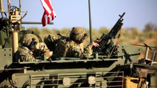 Menbiç yakınlarındaki ABD askerleri