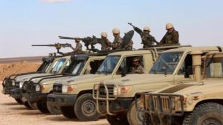 عربات عسكرية
