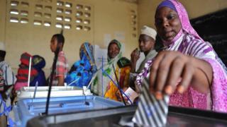 Woman voting in Zanzibar