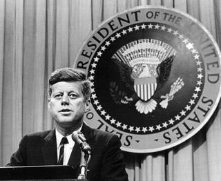 КГБ пытался обвинять ЦРУ в убийстве президента Кеннеди в 1963 году