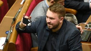 Андрій Лозовий