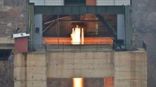 Соңку учурларда Пхеньян БУУнун санкцияларын бузуп, тез-тезден ракеталык сыноолорду өткөрүп келүүдө.