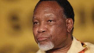 Khalema Motlanthe avuga ko ANC itsinzwe, abayirimwo kubera amahera boca bavamwo igasubira kwiyubaka bushasha