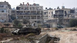 Suriya hökumət qüvvələrinin tankl, Hələb, 11 dekabr 2016.