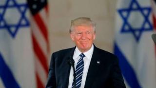 Il va ordonner au département d'État de commencer les préparatifs en vue du déménagement de l'ambassade américaine de Tel-Aviv vers la Ville sainte.