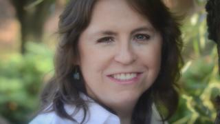Close up picture of Jennifer Williams