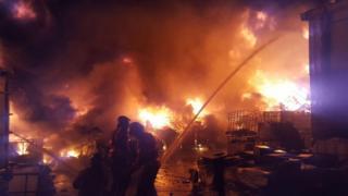 Wardley industrial estate fire