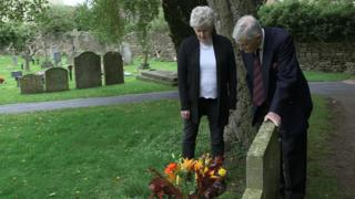 Ann Kear and Ronald Seymour-Westborough