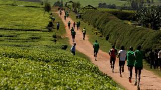 De plus en plus de sportifs africains changent de nationalité pour prendre celle des pays du Golfe et de Turquie