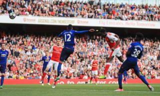 Danny Welbeck yatsinze ikipe yahoze akinira ku gitego cy'umutwe cya kabiri cya Arsenal