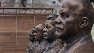 На Аллее Правителей в Москве