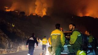 Emergency service workers in La Palma