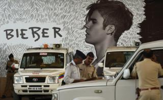 Indian police gather at The D.Y Patil stadium ahead of a concert by Canadian pop star Justin Bieber in Navi Mumbai on May 10, 2017.